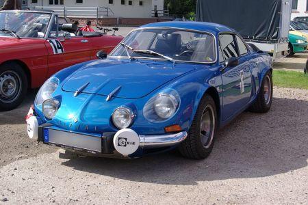 800px-Alpine_Renault_berlinette_BW_1